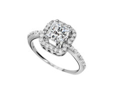 engagement-shoulder-diamonds-1